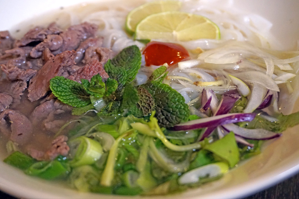 Pho Bo (Traditionelle Pho-Suppe)